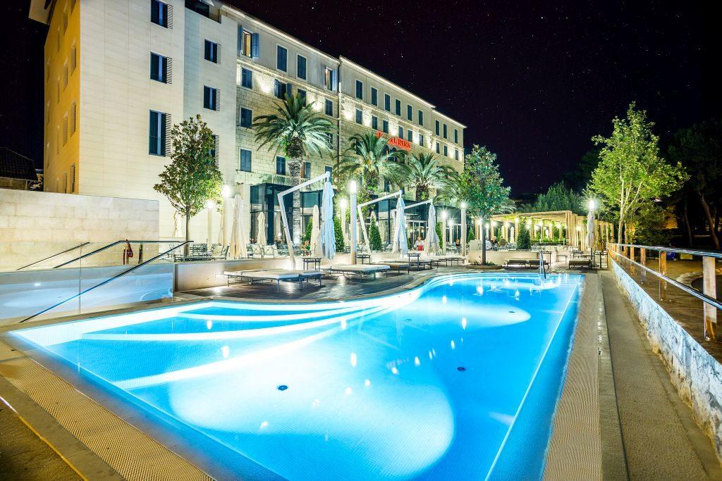 hotel at night (19)